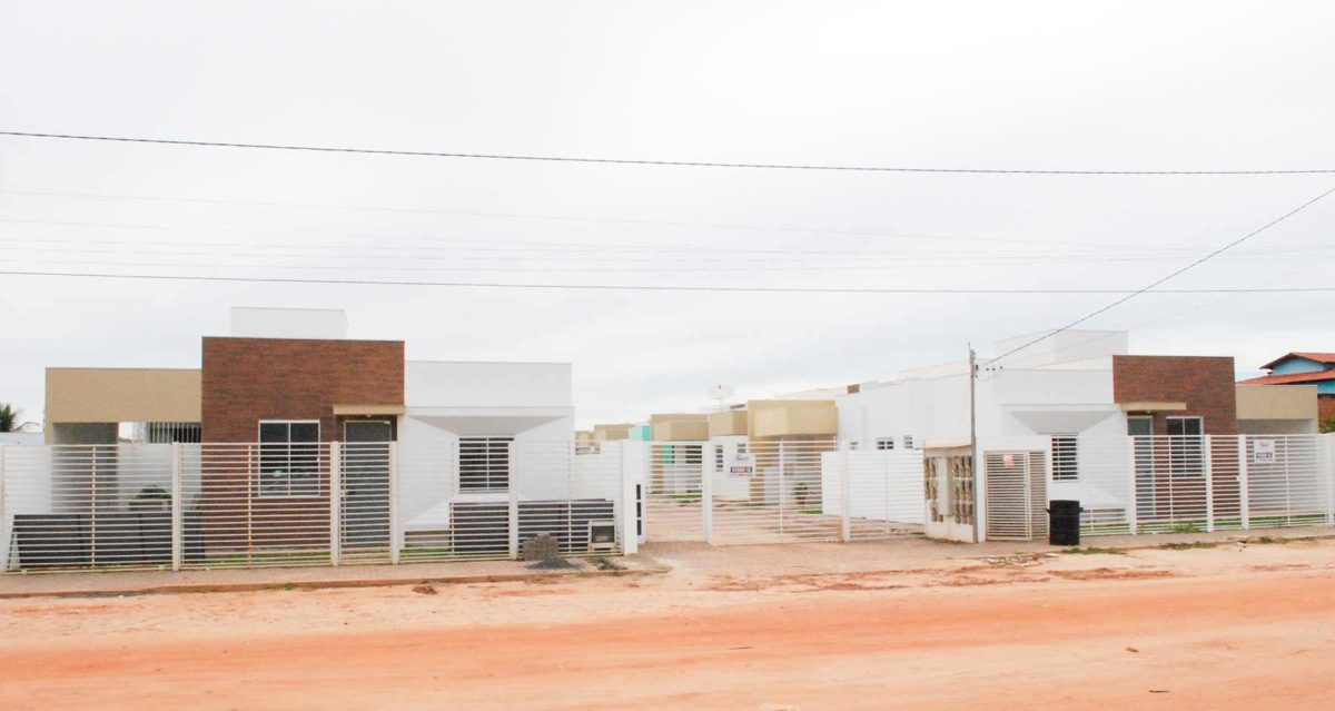 Casa à venda no bairro Mimoso I - Condomínio Porto Seguro